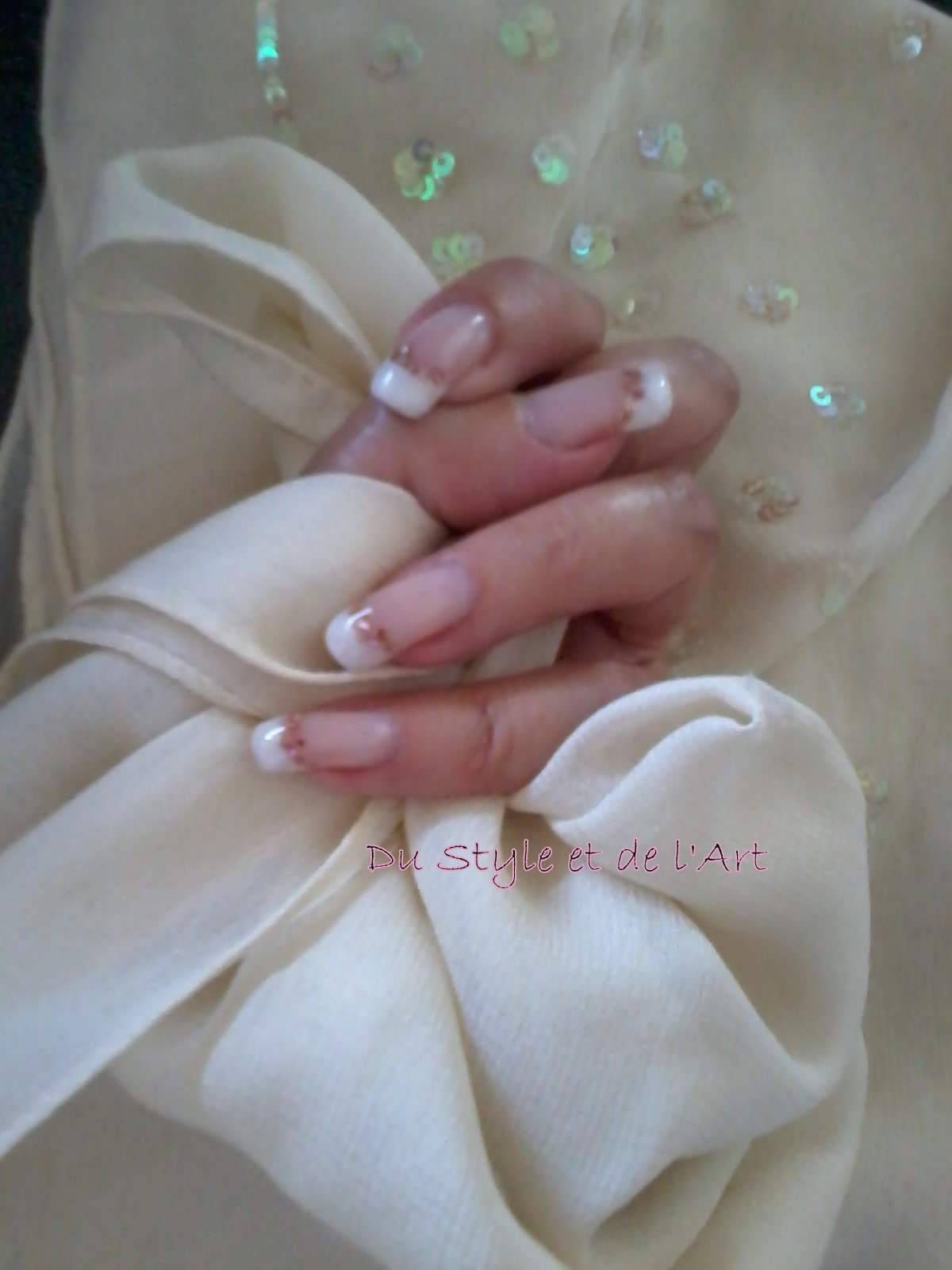 Ongles gel french blanche et nacre - Ongle gel french blanche ...
