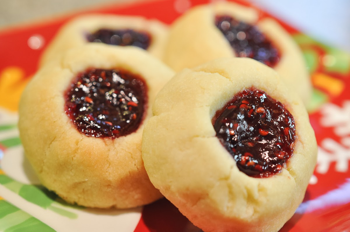 Peanut Butter Footprints: Raspberry Thumbprint Cookies
