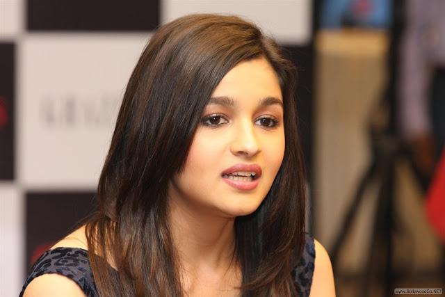 Alia+Bhatt+(12)