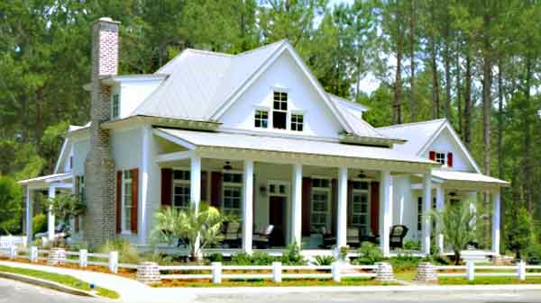 Vintage farmhouse coastal living cottage for Farmhouse cottage house plans