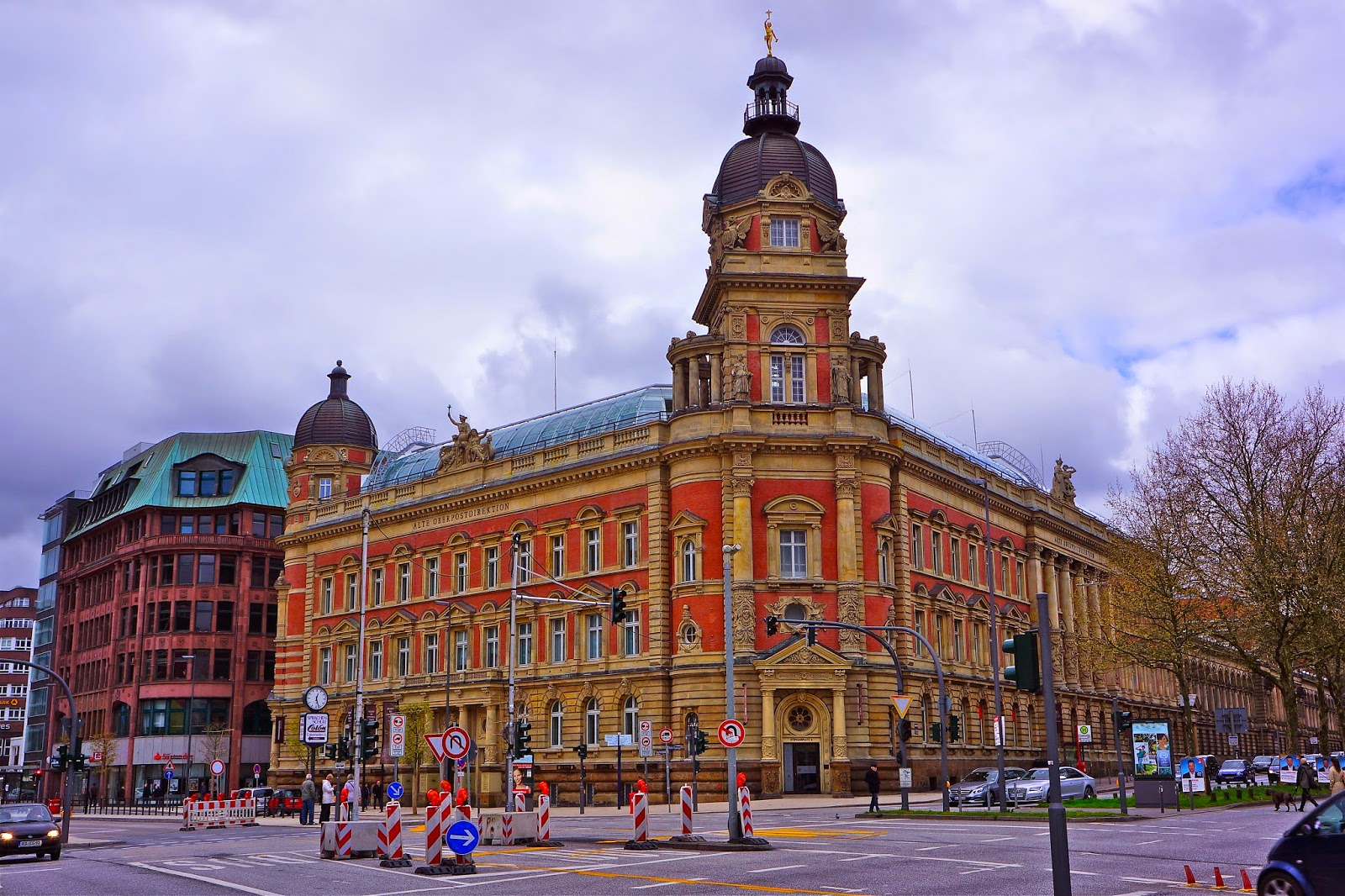 Picture of Alte Oberpostdirektion Hamburg (the former main post office) in Stephansplatz.