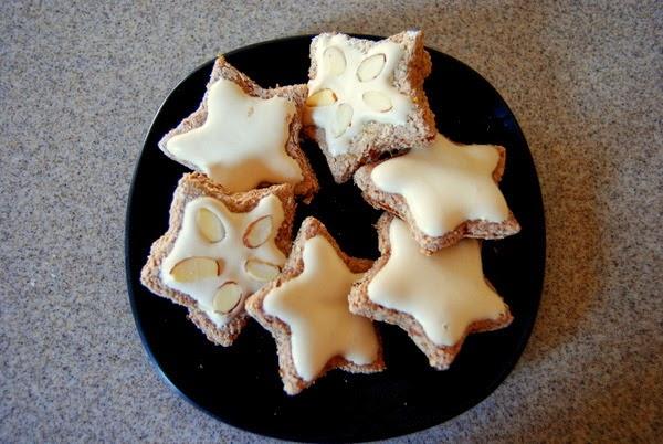 Zimtsterne (Cinnamon Star Cookies) Recipe