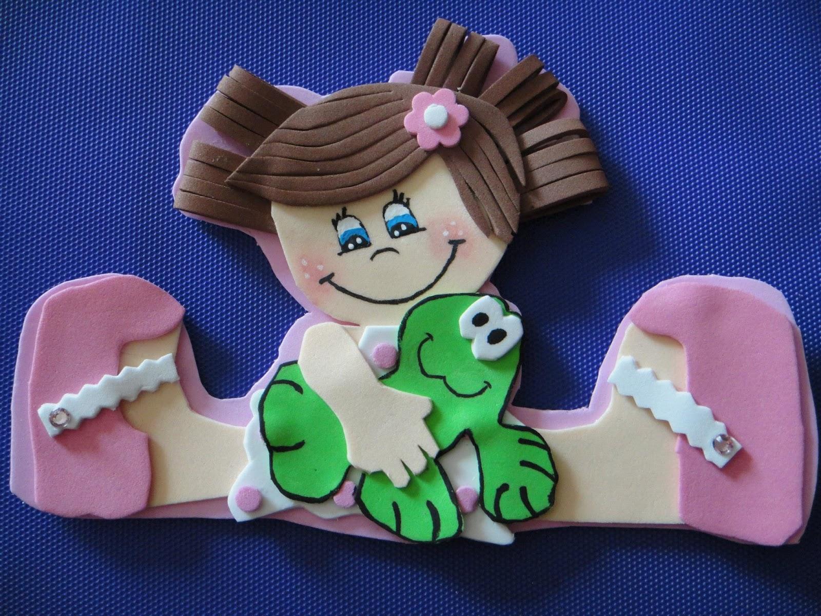 Cómo hacer muñecas de goma eva planas - Imagui