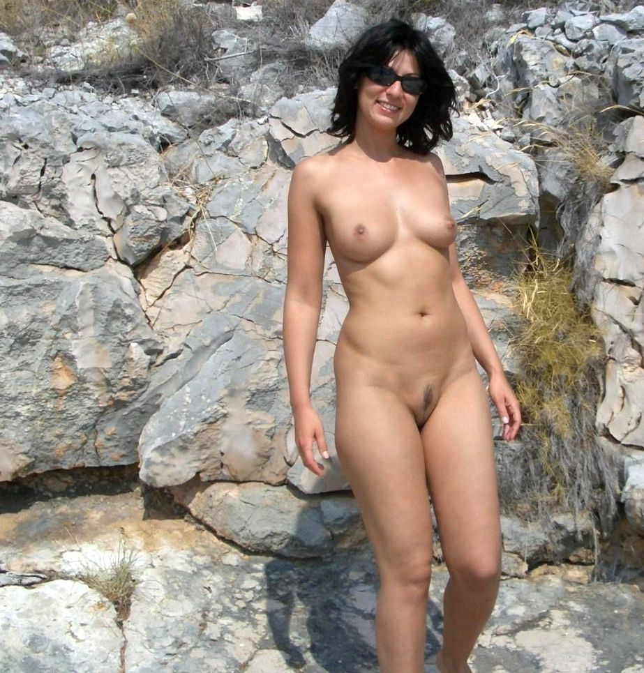 nudist woman