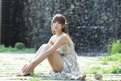 Heo-Yun-Mi-Strapless-Dress-22-very cute asian girl-girlcute4u.blogspot.com