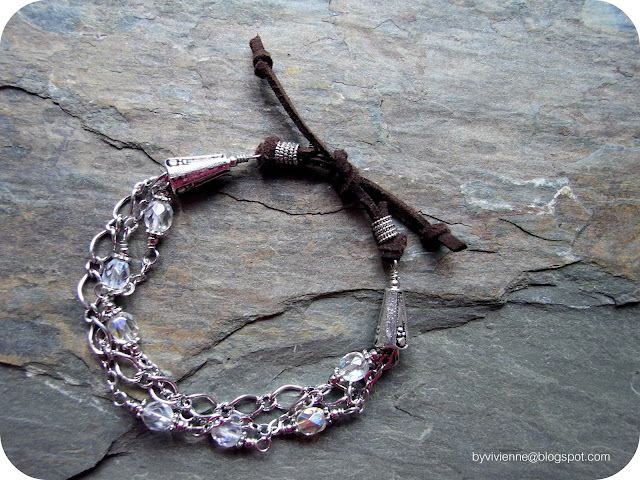 vivienne +suedecrystal bracelet 01 Romanticism