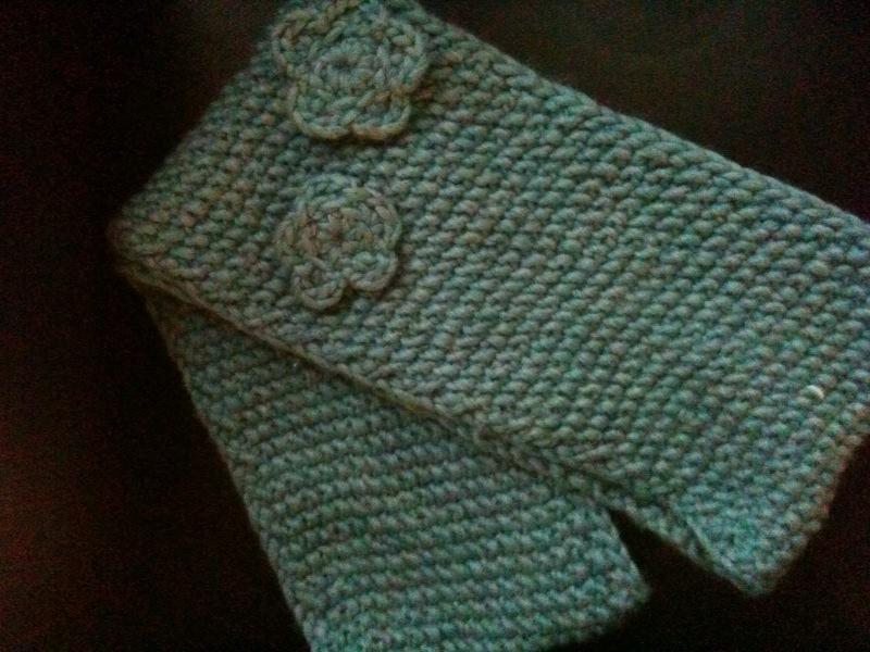 Gap Infinity Scarf Knitting Pattern : Erin Can Knit: Natalies Gap-TASTIC Infinity Scarf