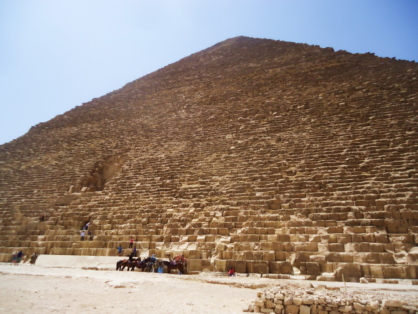 paxryan s blog  meditating chanting om in the great pyramid of cheops in giza
