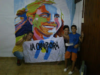 Pintada de murales de Evita y Cristina en Capana