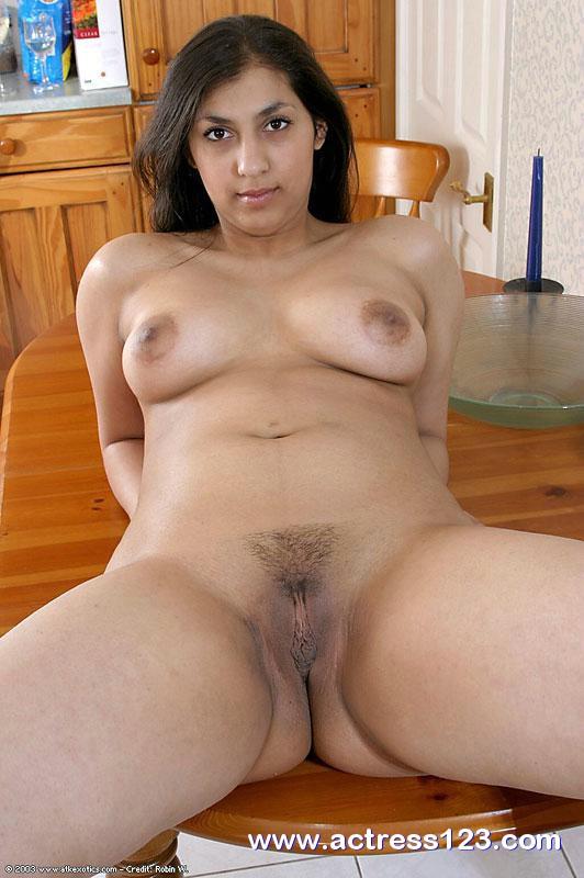 porn women Nude star arab