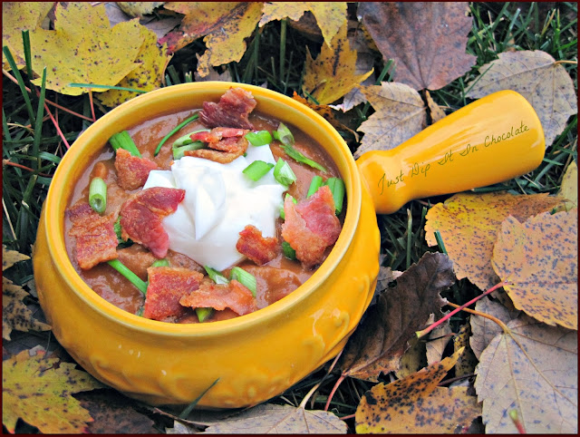 Bean and Chorizo Crocl Pot Soup Recipe, a delicious and hearty meal for those cold fall and winter evenings, with the robust and exotic flavors of chorizo, this soup is likely to be one of your favorite this coming holiday season. #fallsoups, #wintersoups, #crockpotmeals #souprecipes #soup