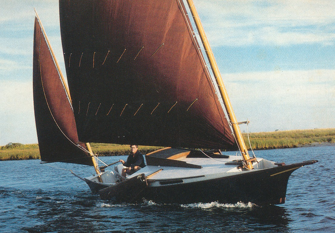 Instant Boats Phil Bolger : Ross lillistone wooden boats following the canoe yawl track