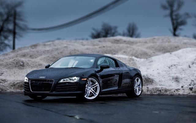 Audi R8 Black Roadster