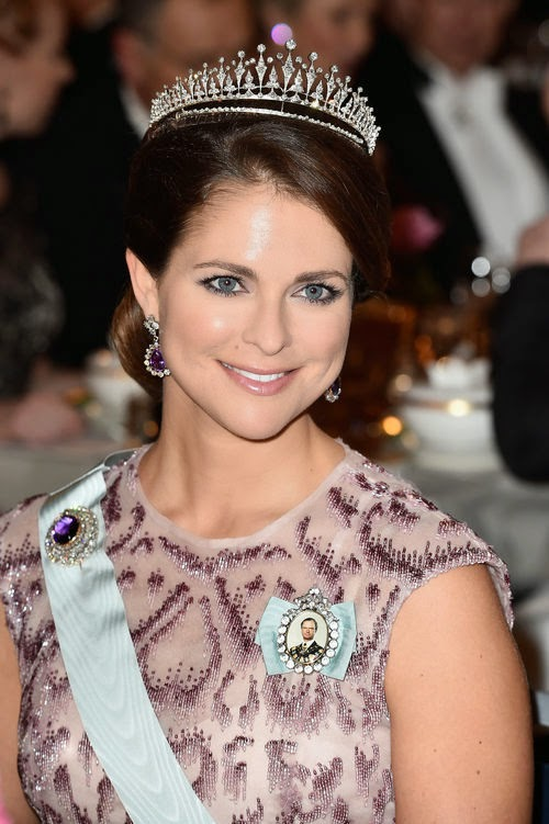 Princess Madeleine moves back to Sweden! | Court confirms return from USA
