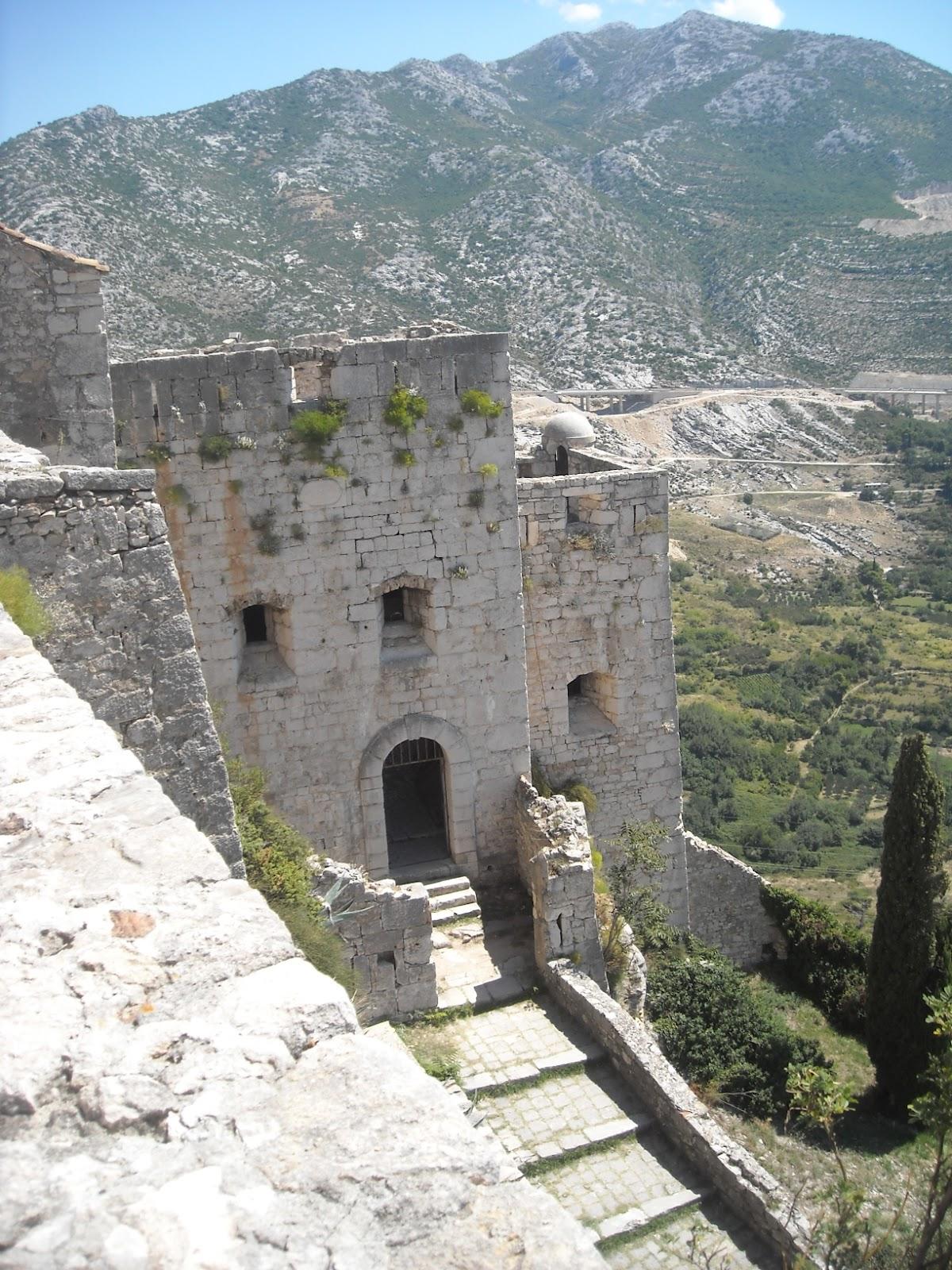 Bisanzio la fortezza di clissa klis - La terza porta ...