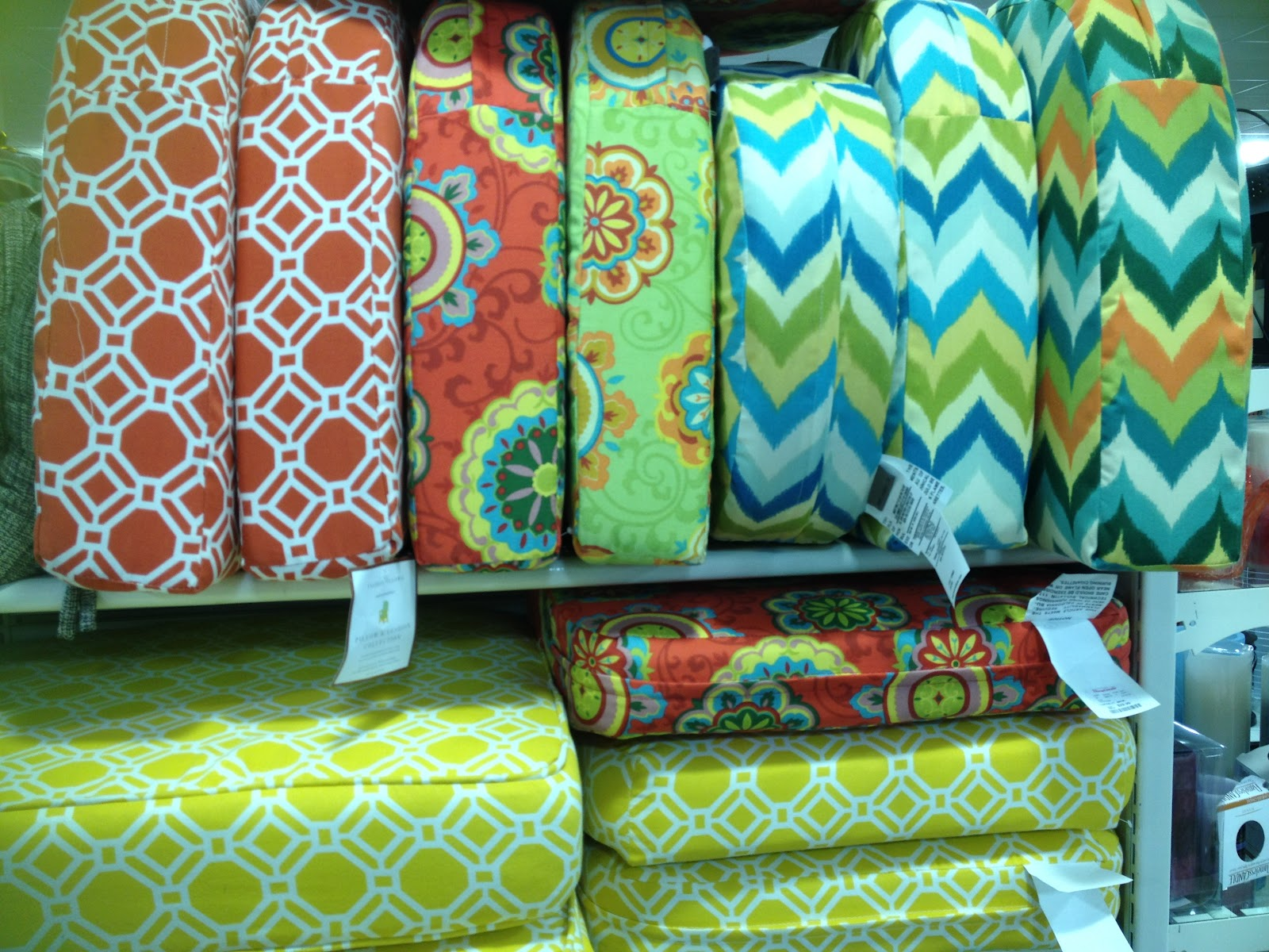 Inspire bohemia tjmaxx homegoods lusting and shopping for Home goods patio furniture cushions