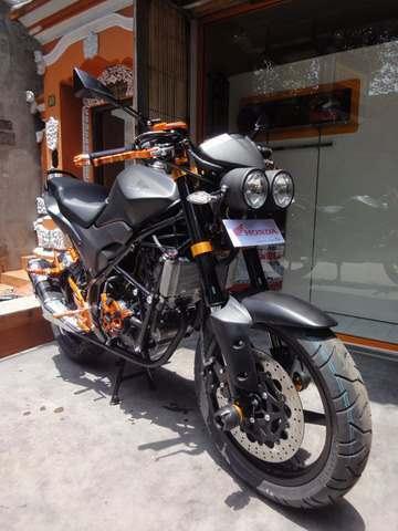 variasi Honda CB150R 2013