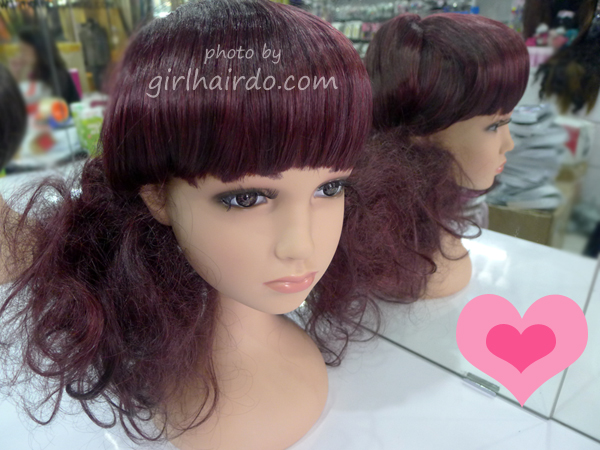 http://1.bp.blogspot.com/-MBhKUQ7q8c0/Ud6XxoBVCBI/AAAAAAAANMo/ELJM4_LuF-0/s1600/017+girlhairdo+wigs.jpg