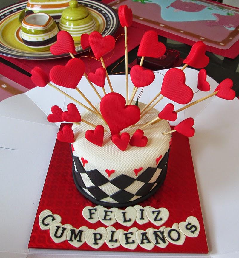 beautiful birhtday cake, arte y sabor reposteria cali, fashion birthday, heart birthday cake, pastel de cumpleaños de corazones, red birthday cake, vanilla cake, corazones