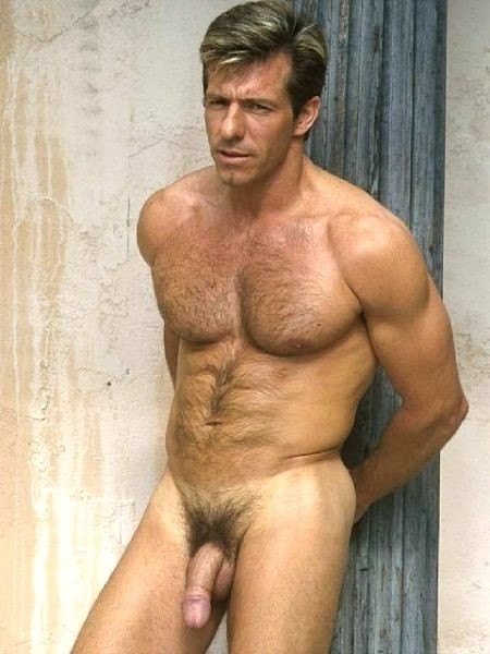Por Jj En Etiquetas Barba Big Dick Cojones Hairy Macho Maduros