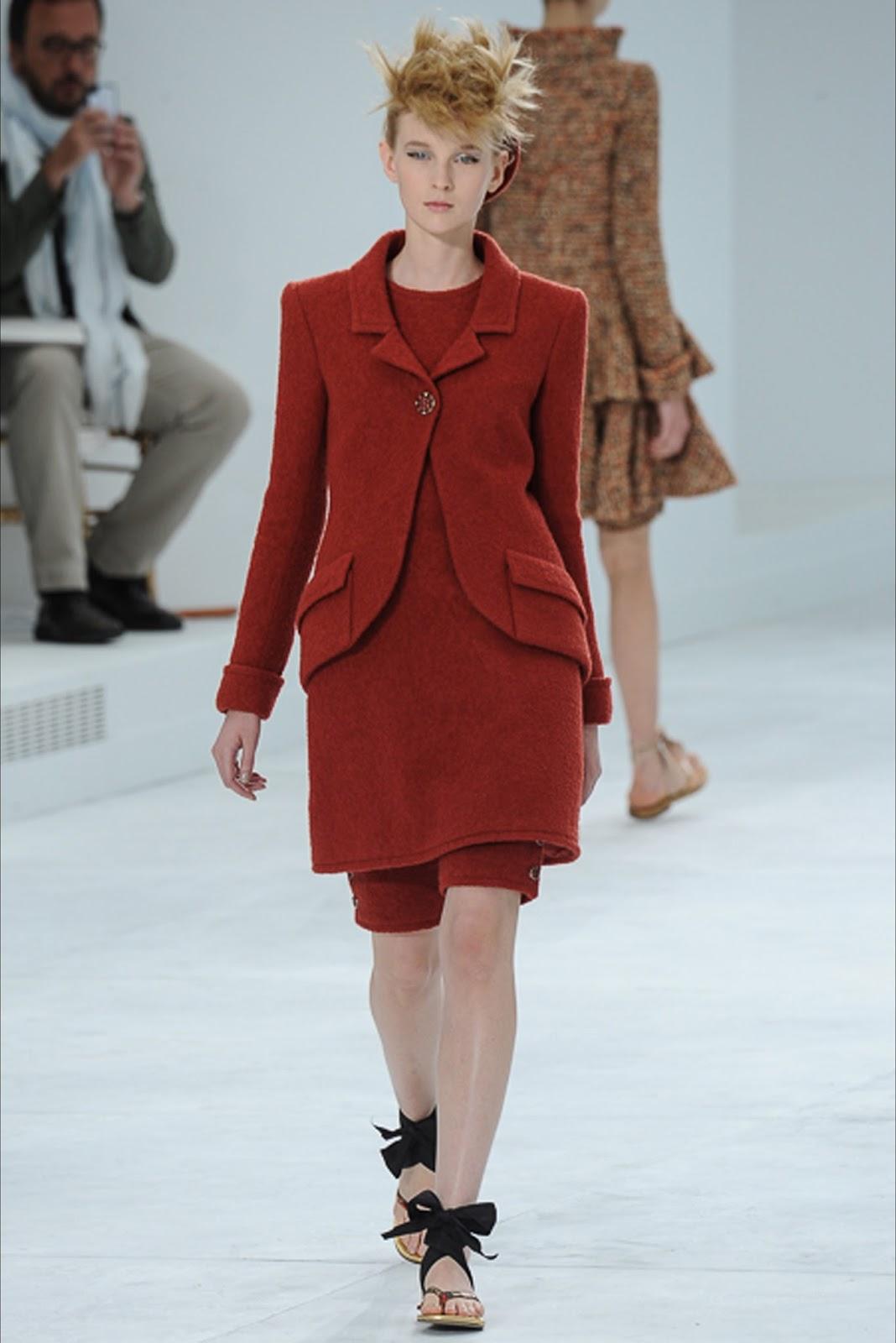 Chanel haute couture f w paris visual optimism for Couture vs haute couture