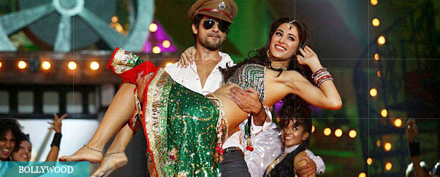 Shahid dating nargis stage