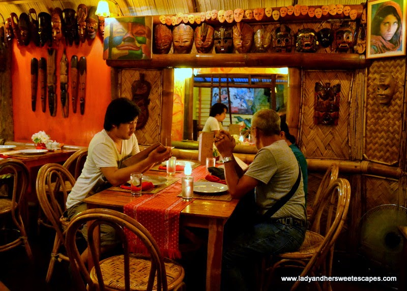 KaLui Restaurant artworks and decors