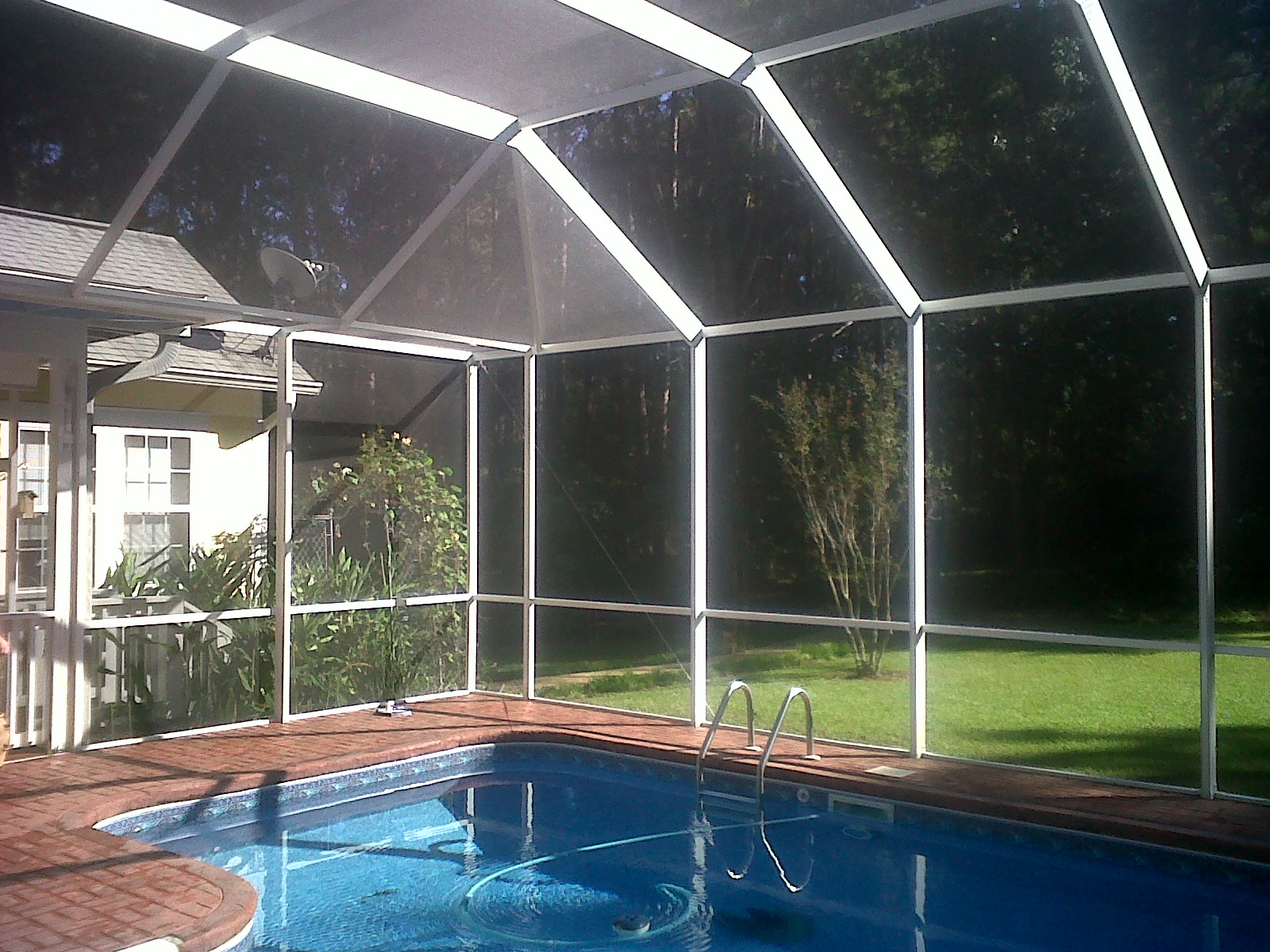 Pool enclosures usa tallahassee pool enclosure specialists for Tallahassee pool builders