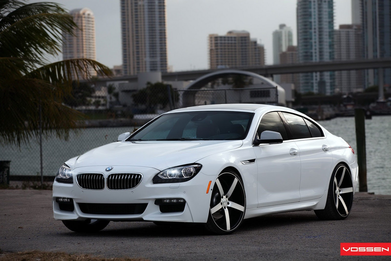 bmw 6 series gran coupe with m sport package autooonline. Black Bedroom Furniture Sets. Home Design Ideas