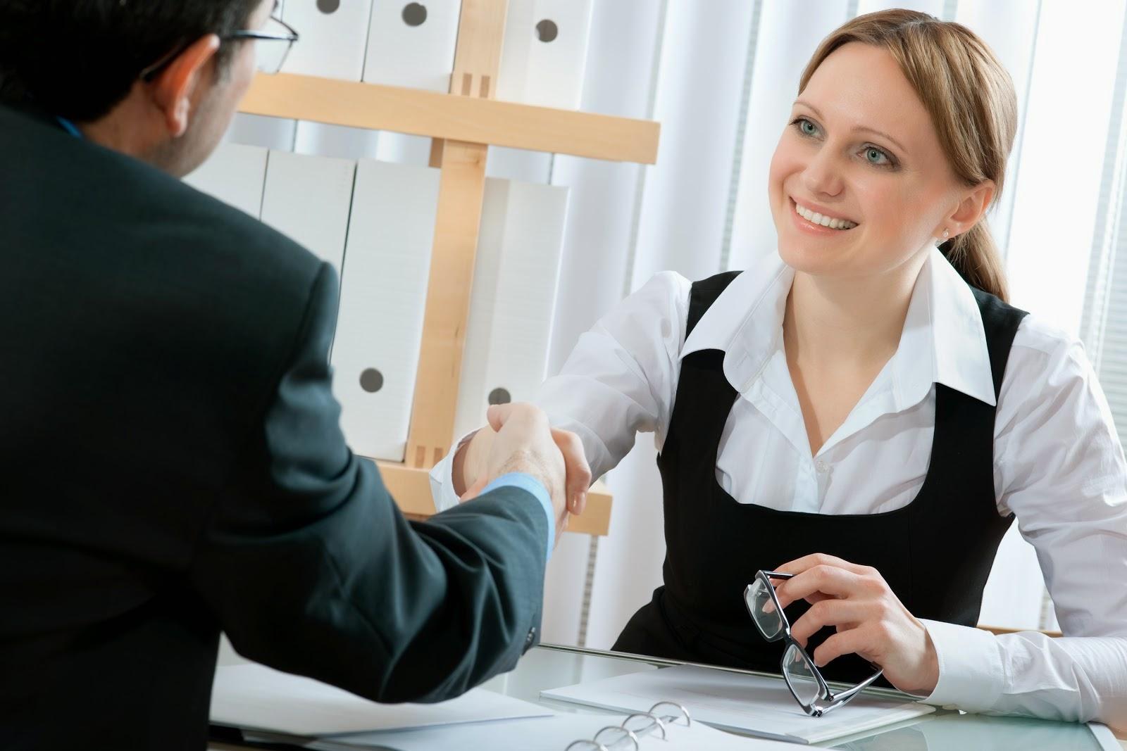 Tips Simple Mengatur Bahasa Tubuh Saat Wawancara Kerja