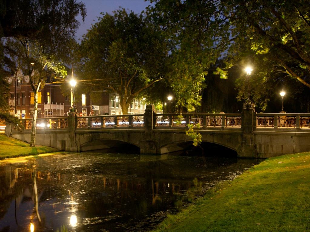 Led in replica lantaarns heemraadsbrug led nieuws for De lantaarn rotterdam
