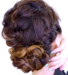 Messy Bun For Long Hair Hair Style