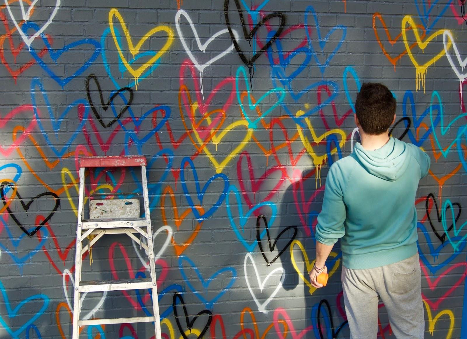 StellaBella: Love Wall, JGoldcrown | FootGear Plus