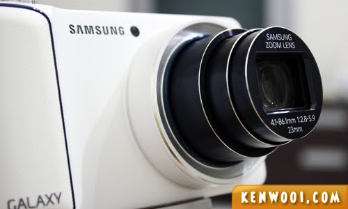 samsung galaxy camera lens