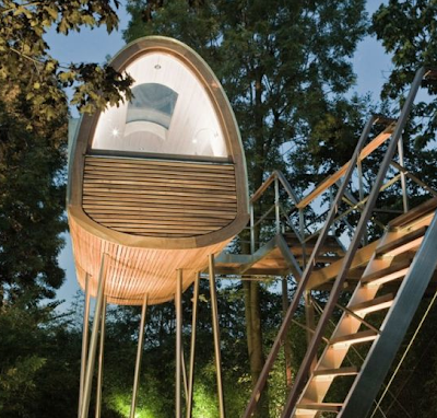 moderna casa del árbol