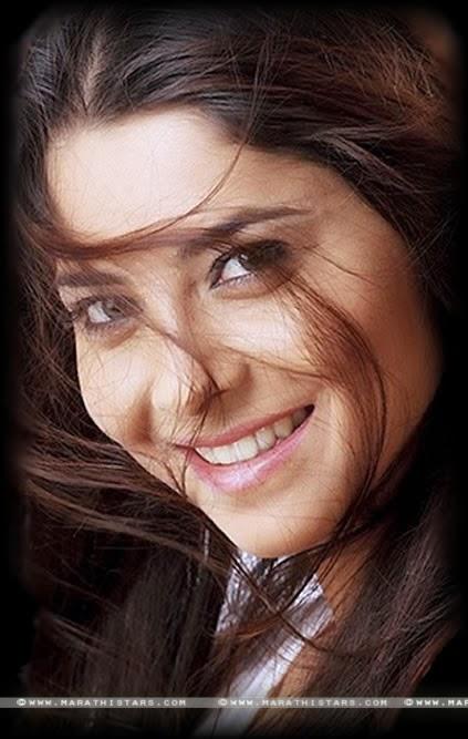 Sonalee kulkarni Marathi Actress Photos Biography Wallpapers