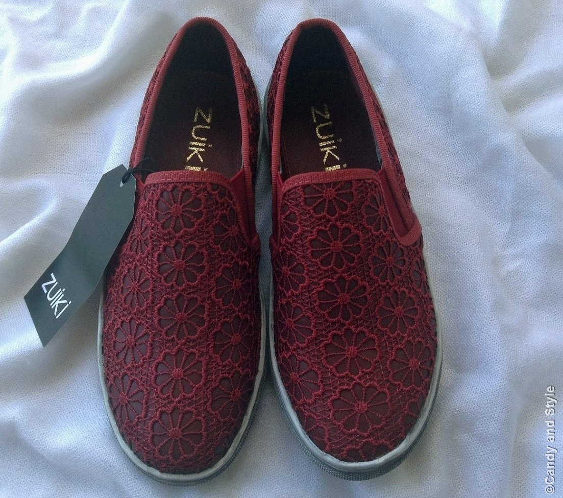 Zuiki Slip-on Sneakers