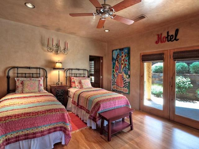 Trendy Amazing home: Santa Fe Desert House, New Mexico 640 x 480 · 231 kB · jpeg