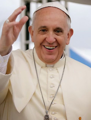 Pope Francis says he hasnt watched TV since 1990