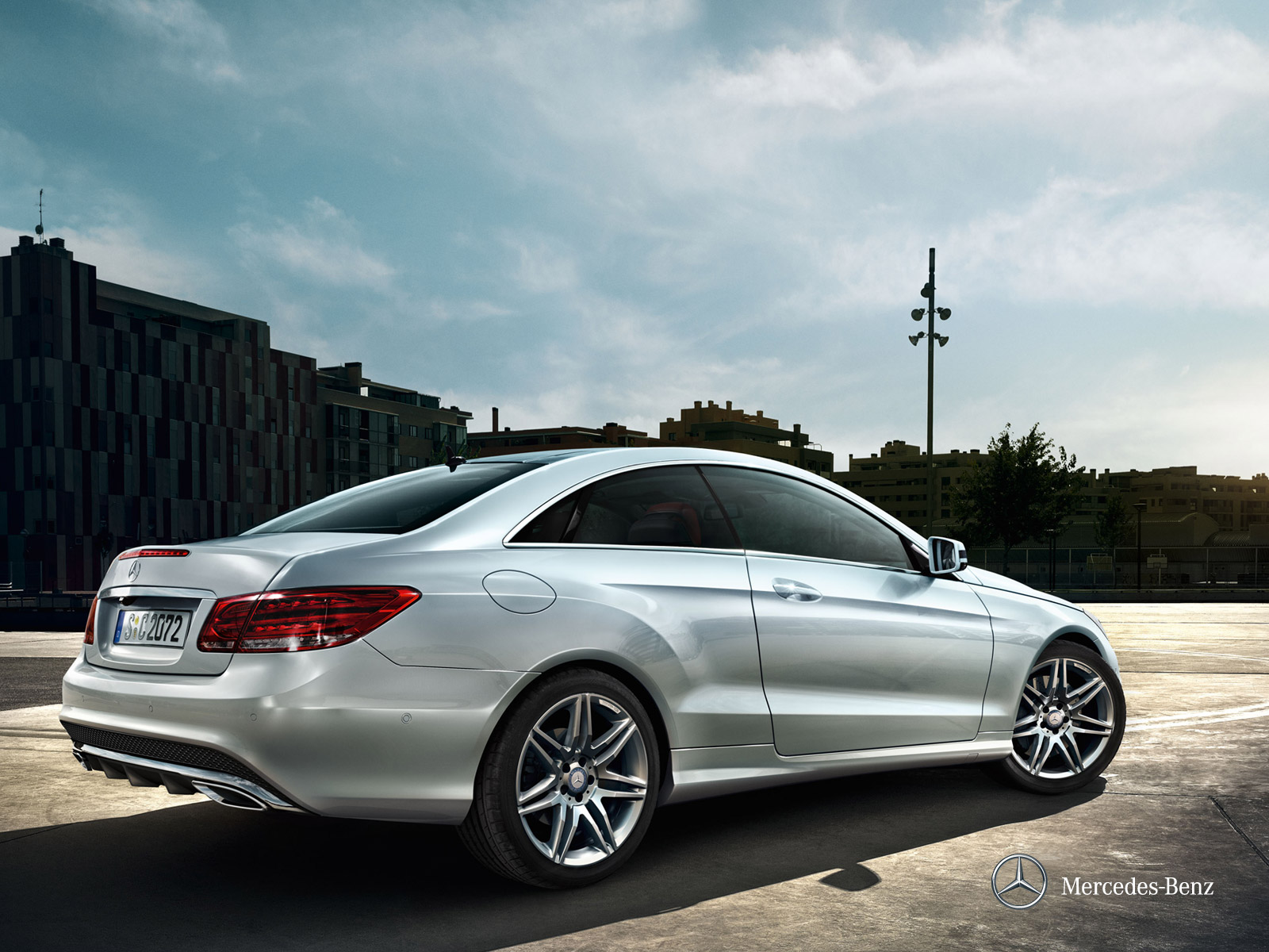 Our dream cars 2014 mercedes benz e class coupe for 2013 mercedes benz e class sedan