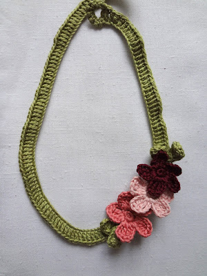 Crochet Pattern Central - Free Necklaces And Neckwear