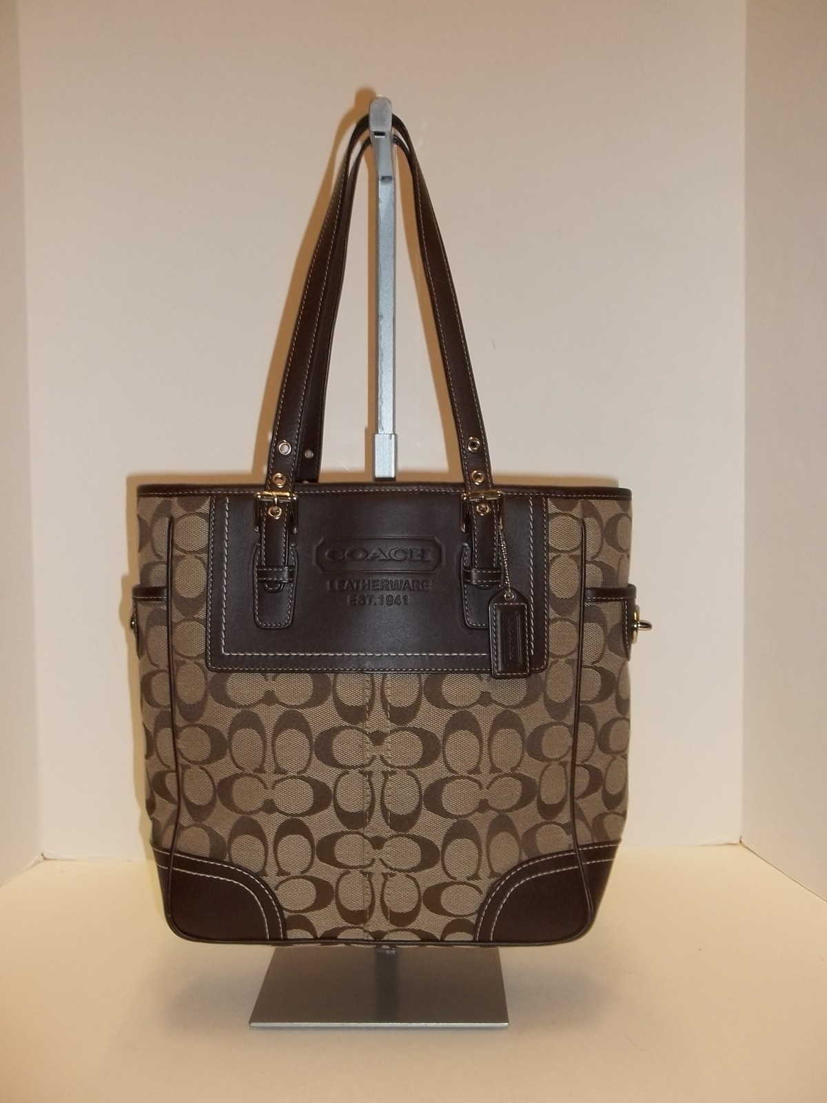 F10659 Coach Signature Lunch Tote