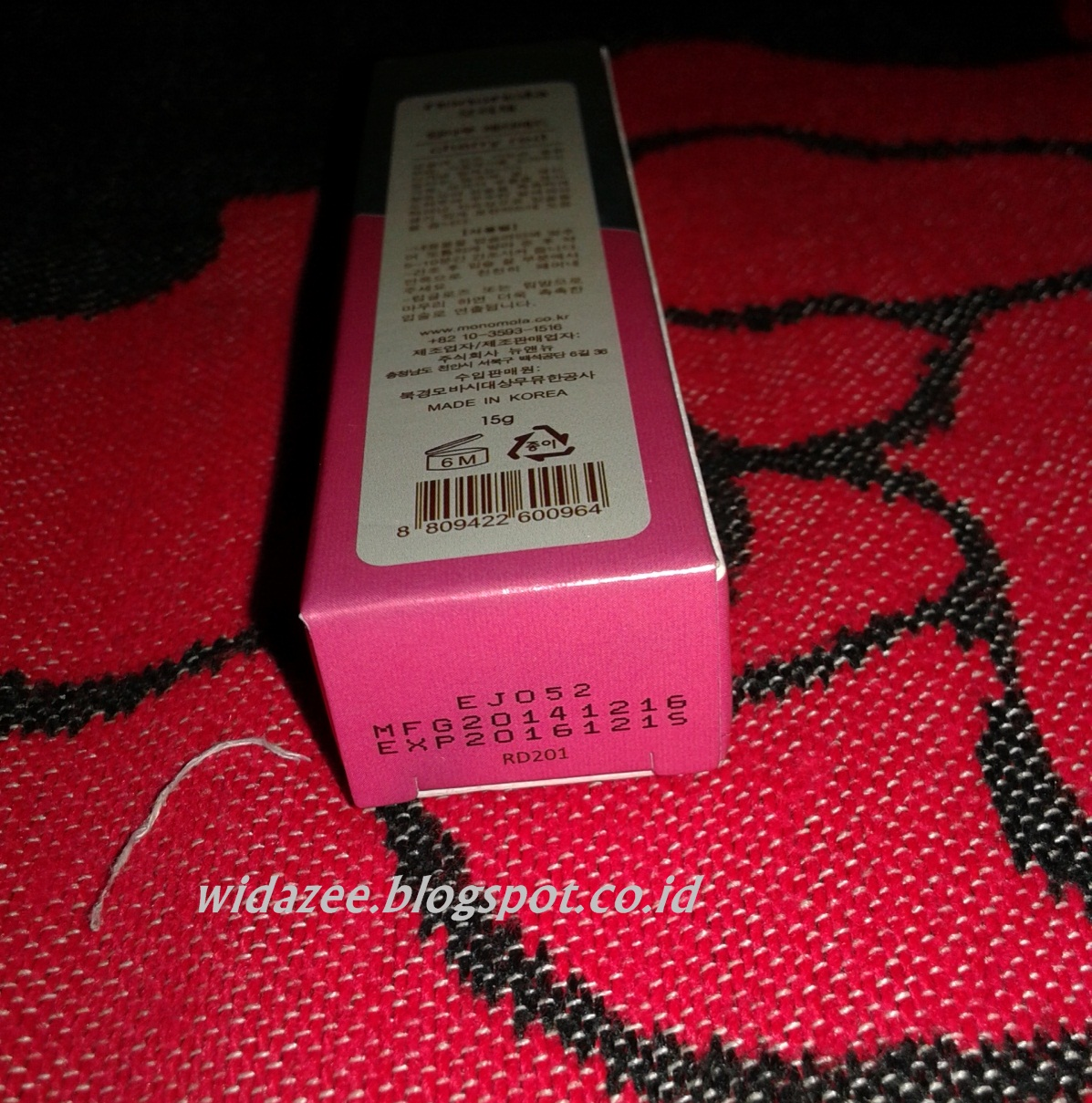 REVIEW: Monomola Wow Long Lasting Lip Color - Cherry Red
