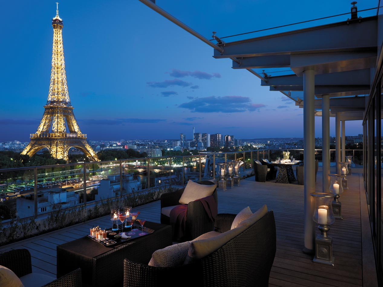 Luxury life design shangri la hotel paris for Luxury hotels paris france