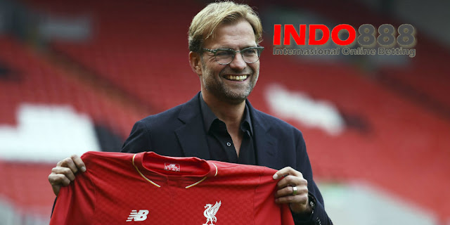 Jurgen Klopp melatih Liverpool - Indo888News