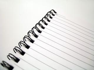 Cuaderno en blanco que anima a contactar con Solasean Espacio Sexológico