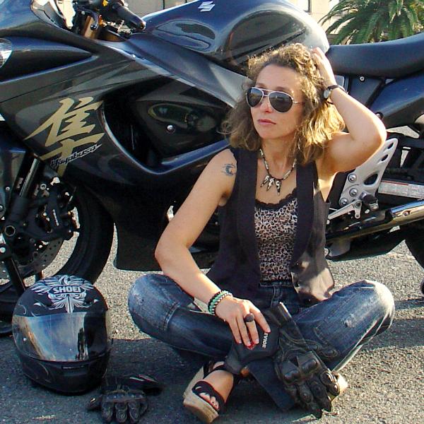 Biker girl look. Visit www.forarealwoman.com  #fashion #moda #blogger