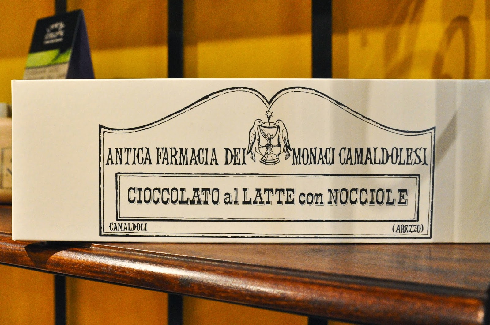 Chocolate bar sold by the L'Angolo Sublime - a charming shop in Vicenza selling artisan products made in Italian monasteries