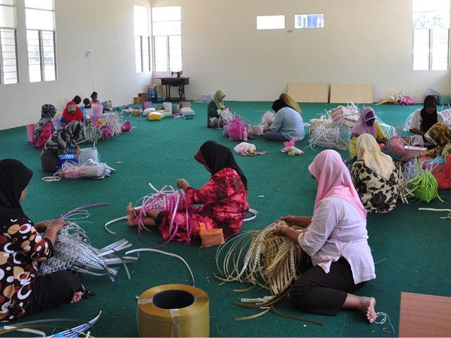 Majlis Perjumpaan Bersama Peserta Pusat Komuniti Bersepadu Bukit Kenau ...