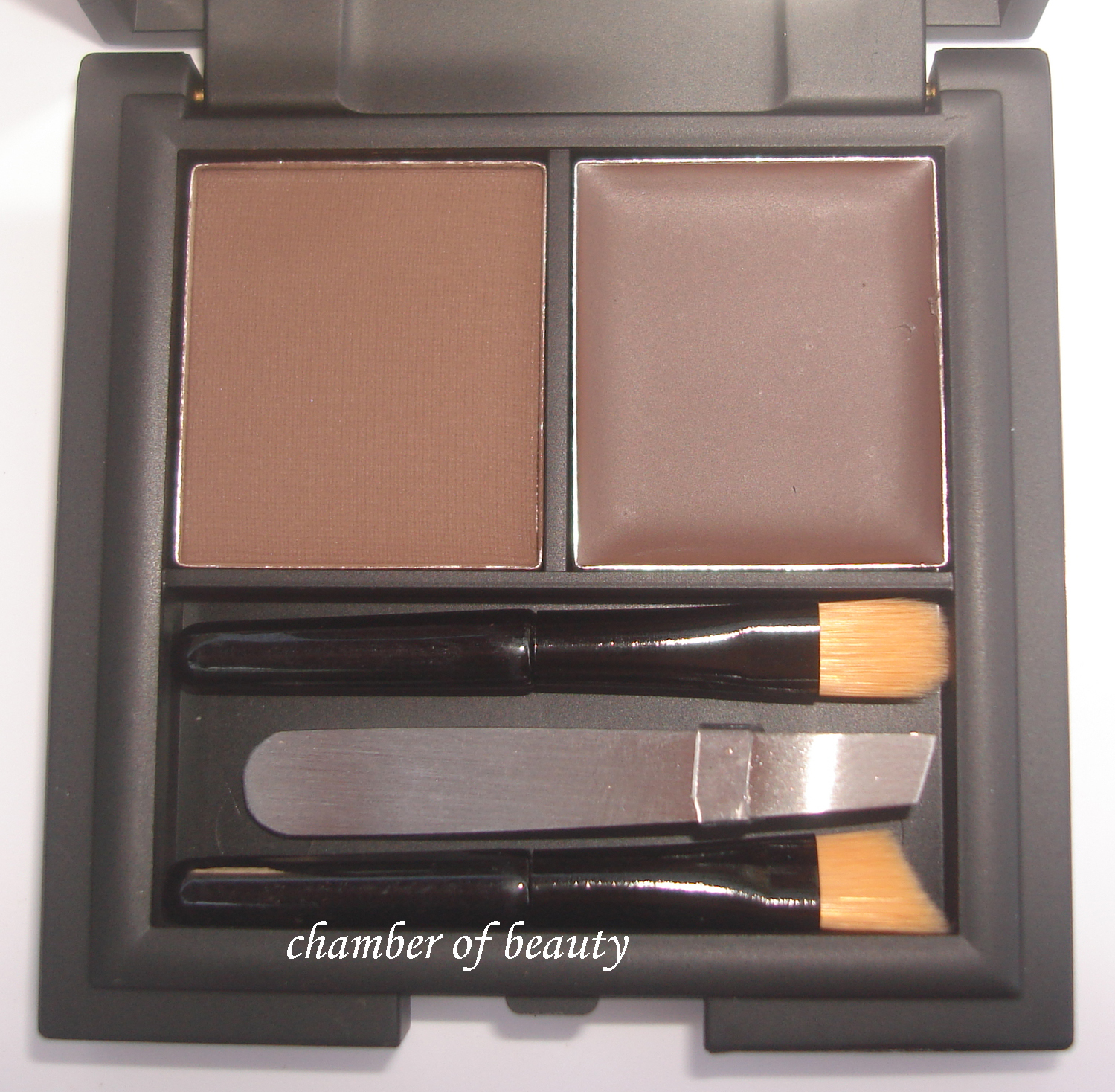 Shape up your brows with Sleek Makeup's Brow Kit - Chamber of beauty